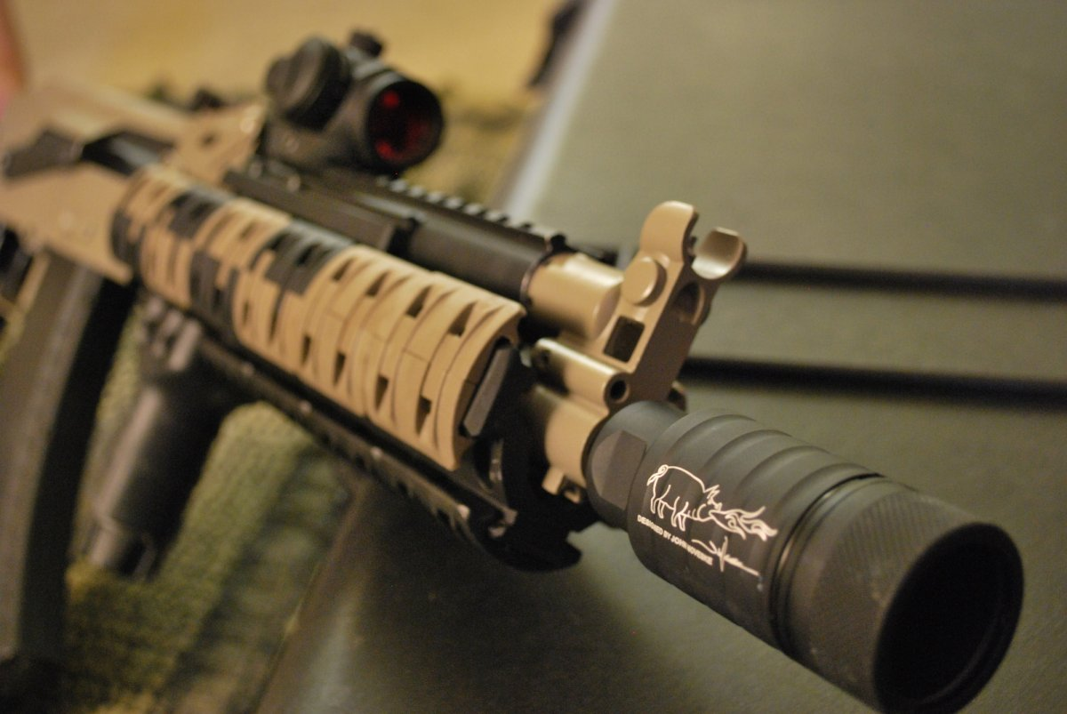 Magpul Ultimak AK105 - Airsoft Weapon Builds